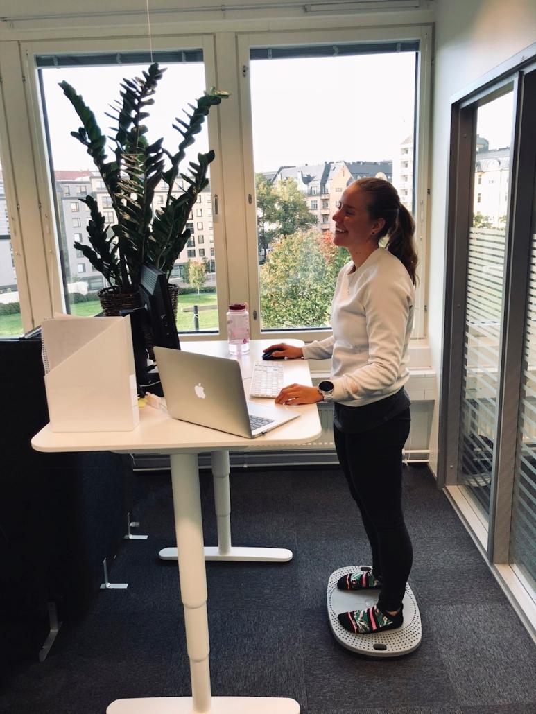 Tasapainolauta työpöydän ääreen