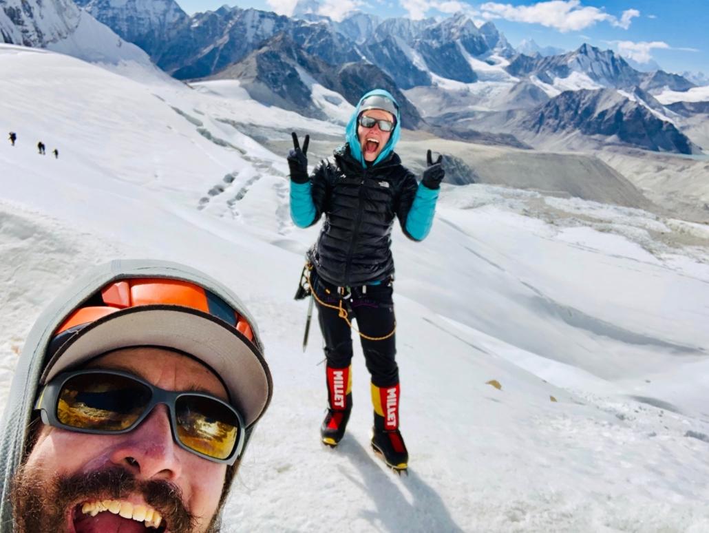 Baruntsen ykkösleiri 6100 metrin korkeudessa