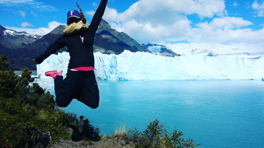 Hyppykuva Perito Morenolla