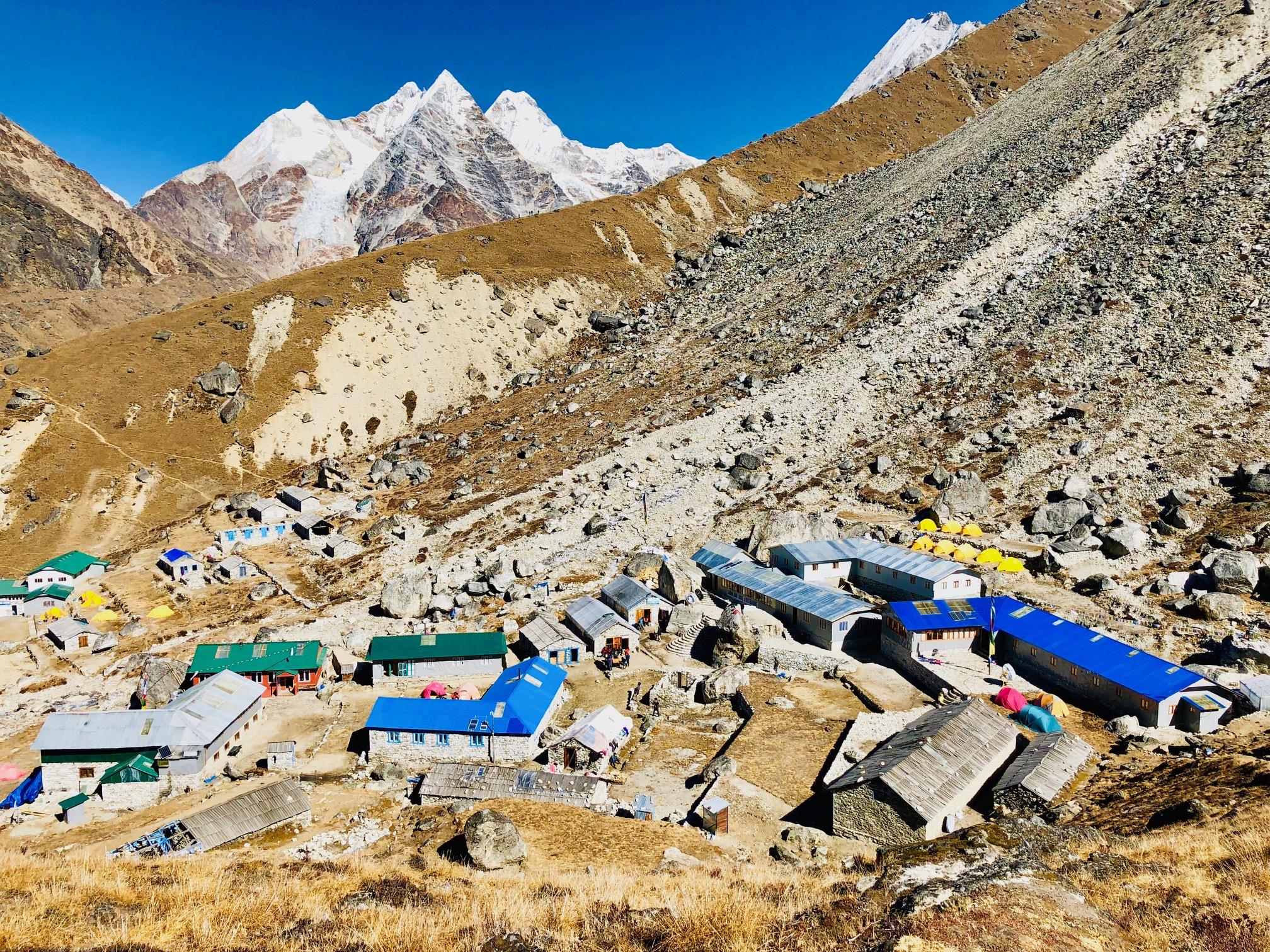 Khare 4900 metriä ja Nepali