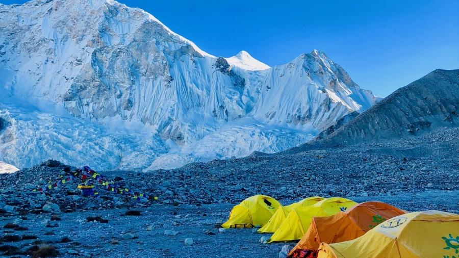 Baruntsen perusleiri 5400 metriä