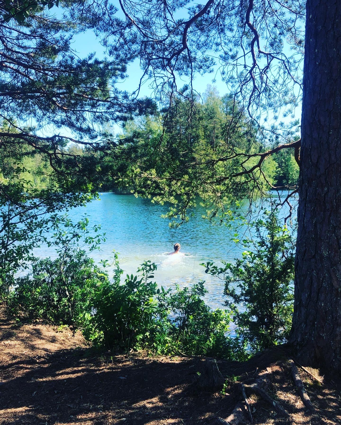 Iso-Melkutin telttailu ja uinti