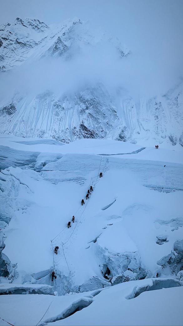 Khumbun jäätikön jyrkät kohdat